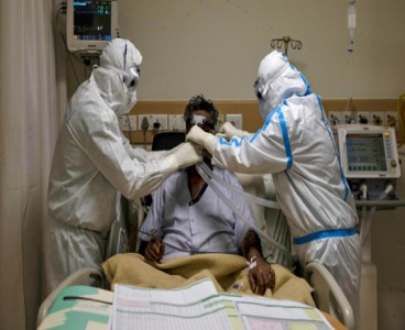 Pakistan reports slight decline in daily Covid-19 deaths