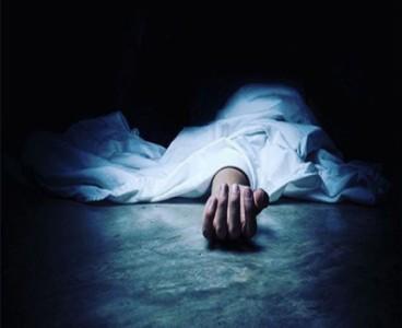 Woman dies in exchange of fire between police, robbers in Sahiwal