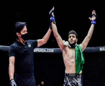 'Proud of our hero'; Twitter hails Pakistani MMA fighter for defeating Indian opponent in 56 seconds