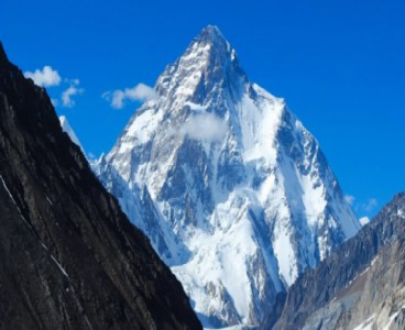 Worries mount over three missing K2 climbers