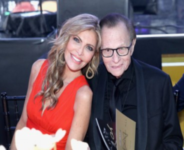 Larry King's wife confirms cause of death was not COVID-19