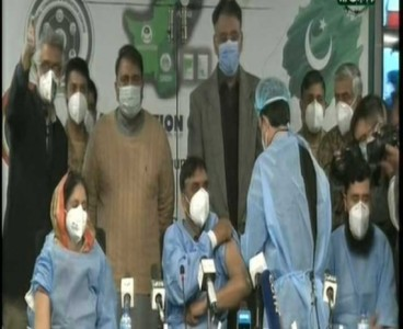 Covid-19: Pakistan all set to vaccinate health workers as campaign kicks off today