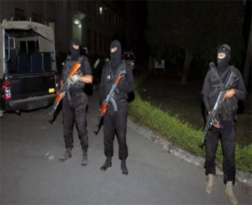 Terrorist held in Karachi with heavy quantity of weapons